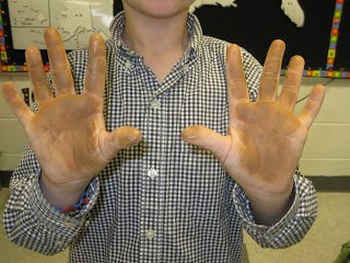 Dirty hands after learning with soil